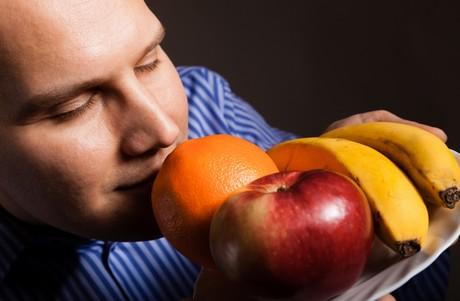 Fruit and veg makes men smell good!